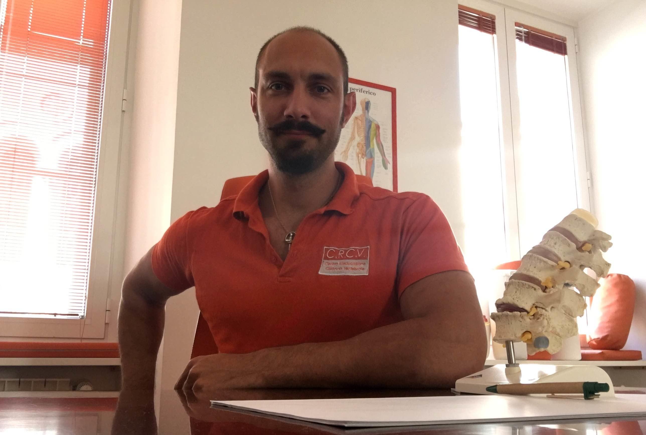 direttore della sezione ortopedica del Poliambulatorio Fisiosan di Trieste e Muggia Segue da un decennio atleti anche di livello internazionale
