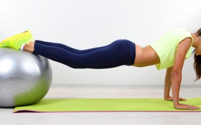 I vantaggi della ginnastica posturale (e un esercizio pratico)